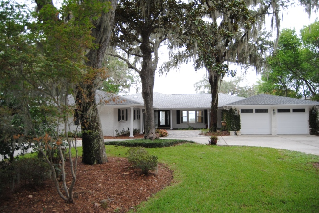 Gulf Breeze Waterfront Home